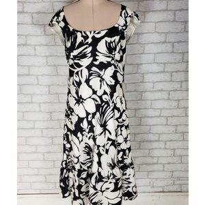 Ann Taylor 100% Silk Black White Floral Dress Sz 6